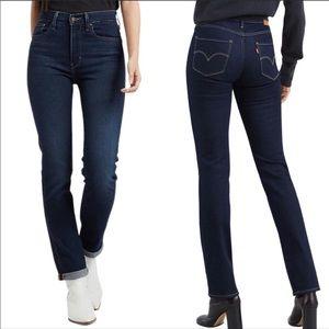 Levi's 724 High Rise Straight Leg Blue Jean